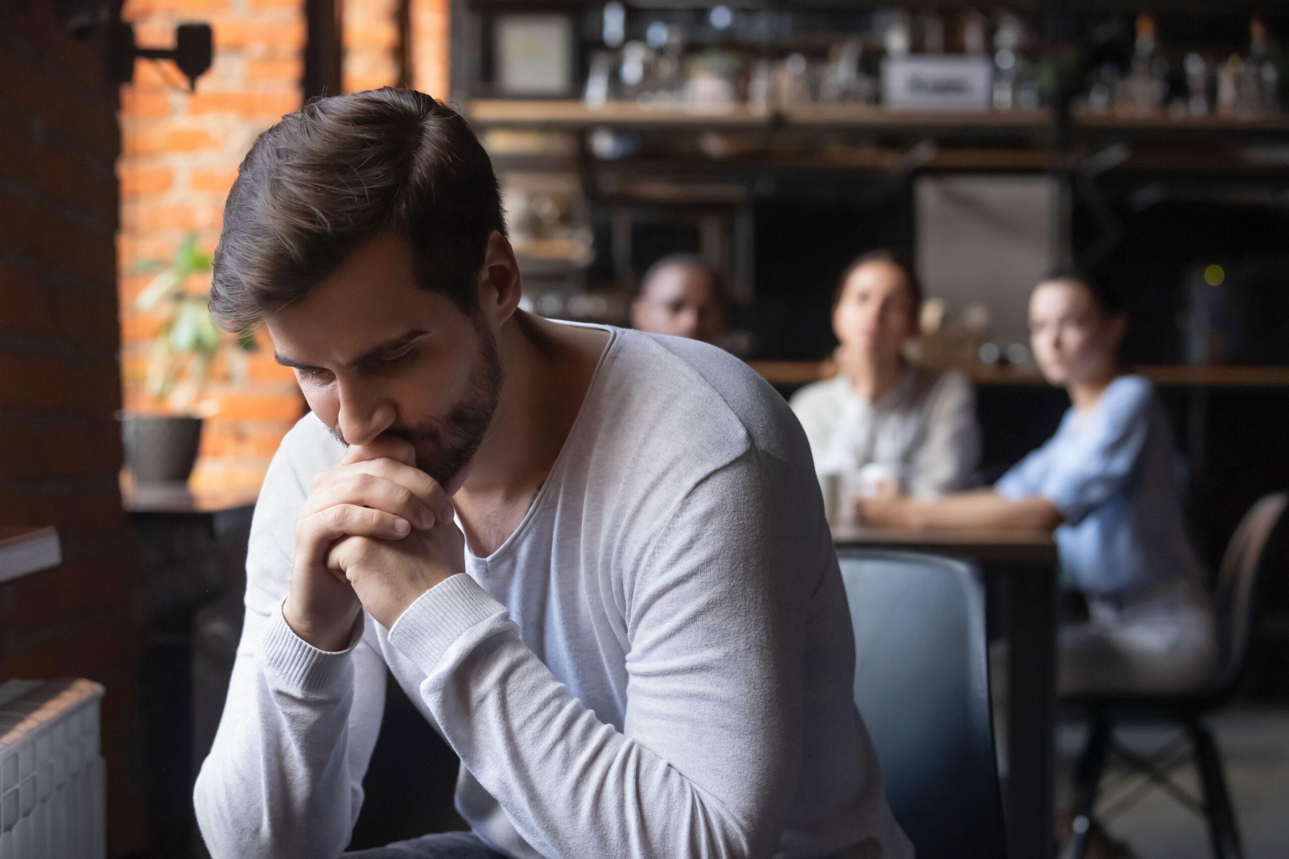 איך לעזור לאדם בדיכאון